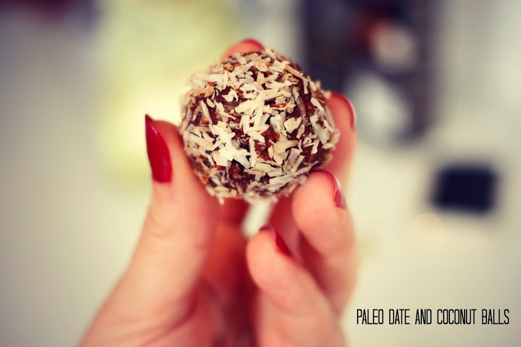 DATE AND COCOUT BALLS