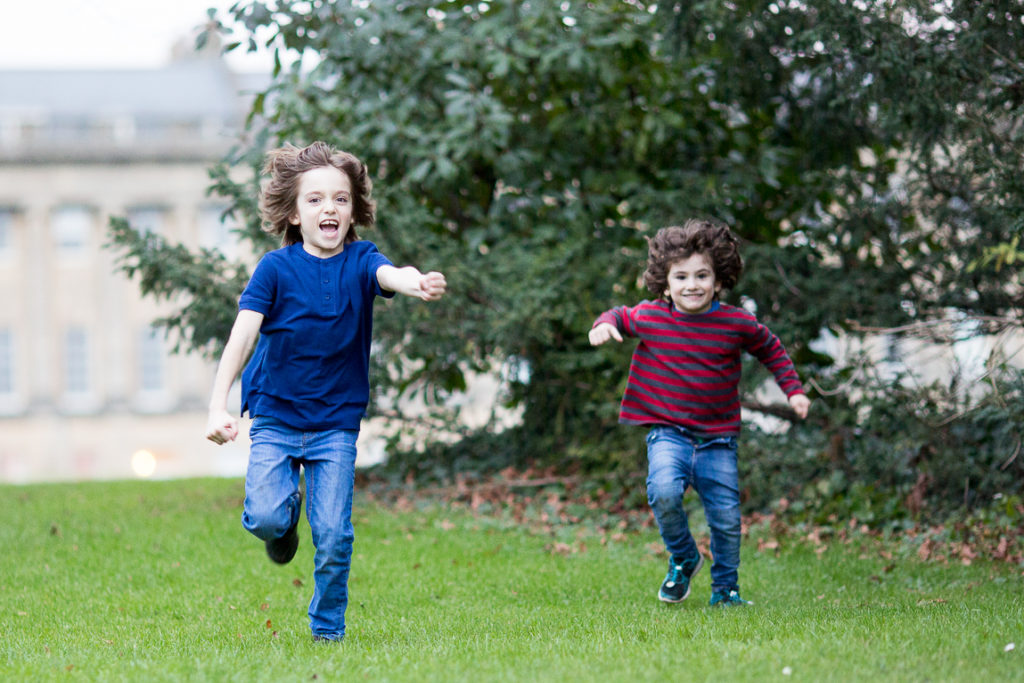 Honest-Mum-Kids-Running